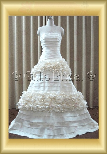 wedding dress bridal gown evening Prom Strapless Flouncing floating tablets Layered strapless Monarch Royal Exquisite 100100