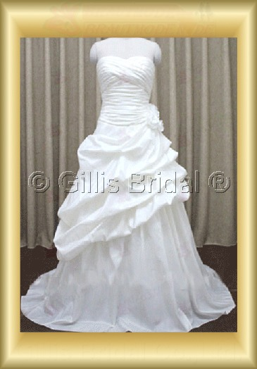 wedding dress bridal gown evening Prom Strapless pleated ruffle Fold beads Embroidery beaded Beading embroidery Monarch Royal Handcraft flowers Handmade Flower 100112