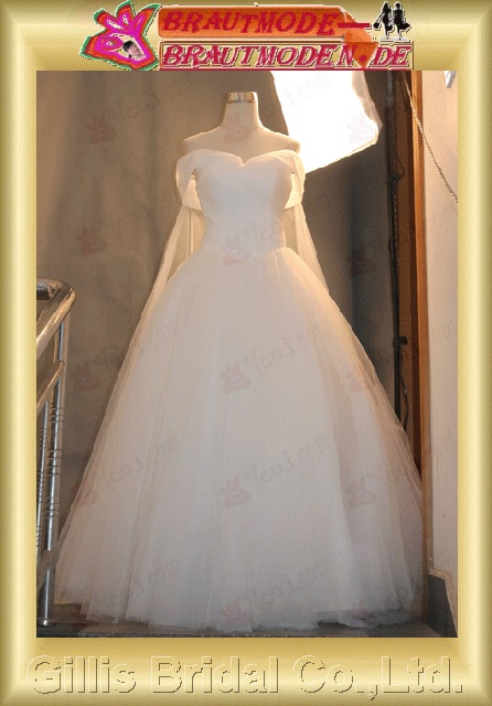 Gillis bridal Wholesale - NEW romantic Spaghetti straps Organza beaded homecoming dresses party dress Wedding Dress Sold by Gillis Bridal Co., Ltd. http://www.gillisbridal.com/ [ admin_ceo@gillisbridal.com ]gillis1195